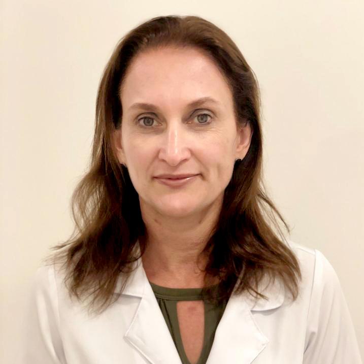 https://olhossaosebastiao.com.br/corpo-clinico/dra-claudia-leite/